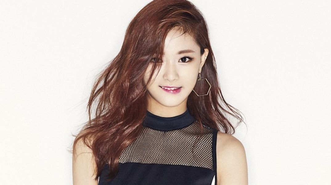 kpop 4 u fans shocked by tzuyu�s bare face without makeup
