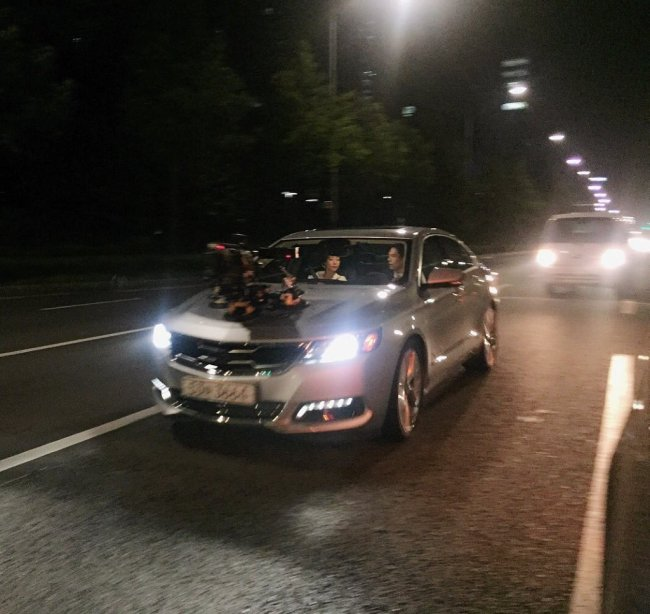 Image: How car scenes are recorded for Korean dramas / Instiz