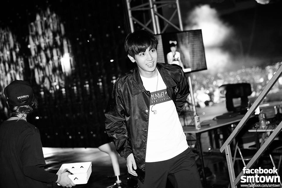 EXO-K Facebook Oficial