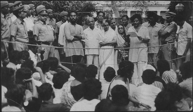 A glimpse from history: Comrade Sitaram Yechury as a student leader in JNU reading the memorandum presented by students on September 5, 1977 to Indira Gandhi, demanding her resignation as chancellor of the university. (HT file photo)