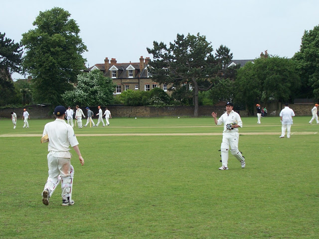 What a wet performance! Badgers bury Road in Battersea derby held in Wimbledon