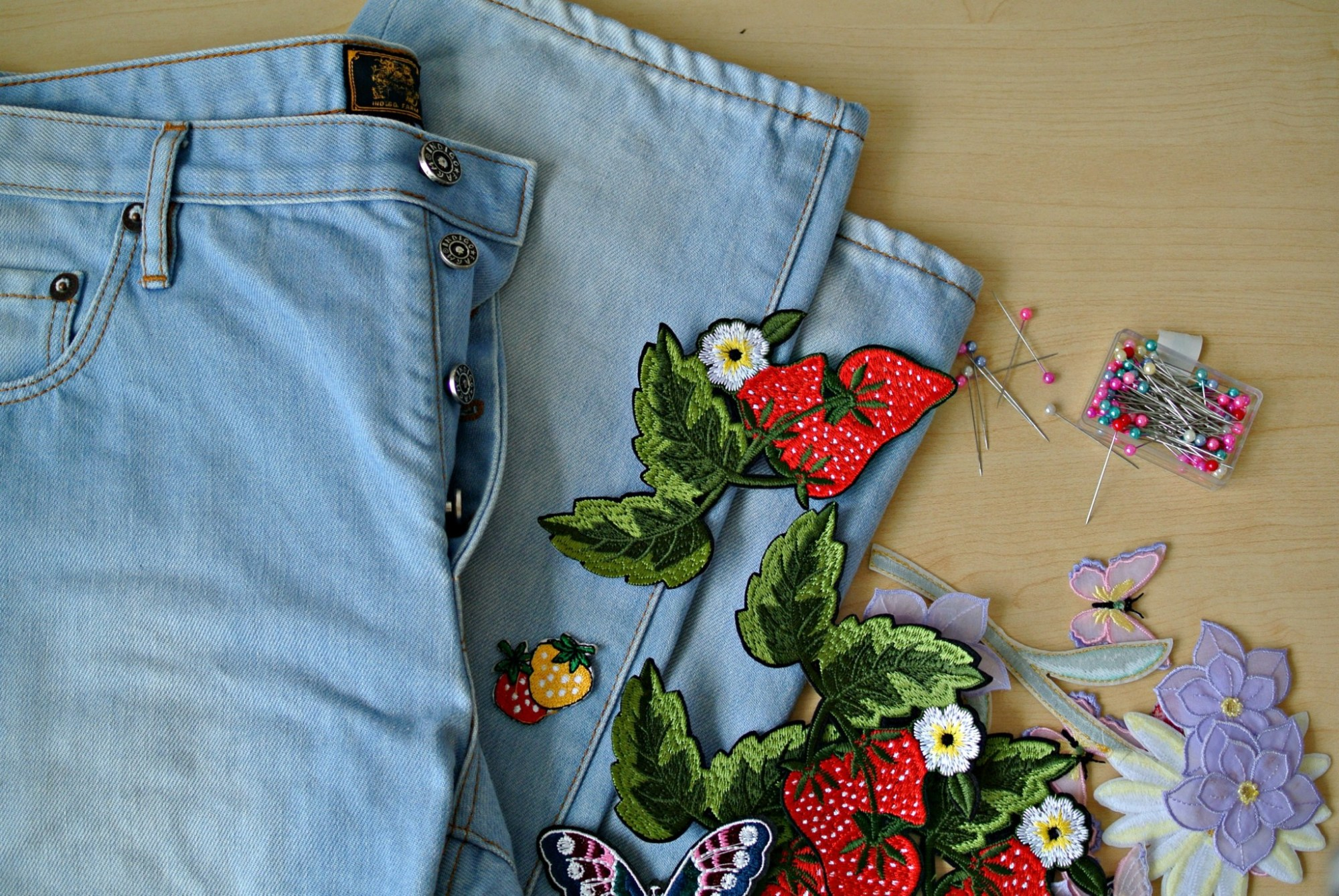 DIY Gucci Inspired Jeans 9