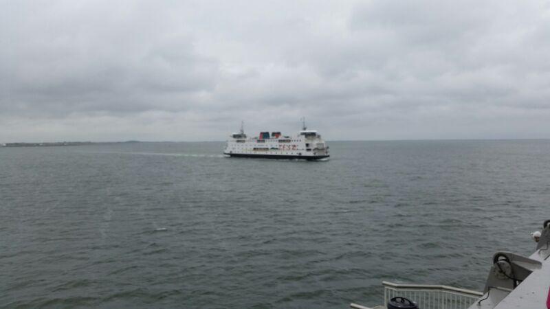 Boot naar het eiland