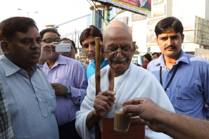 Above - Mahesh Chaturvedi interacts with a group of people over a cup of tea.