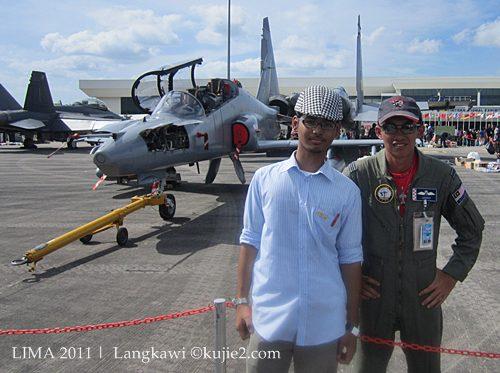 juruterbang pesawat tentera