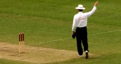 Cricket_Umpire