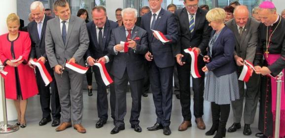 Oto placówka oświatowa na miarę XXI wieku, która jest i będzie wspaniałą wizytówką gminy Radzymin!