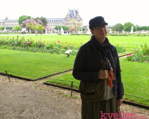 mayim-in-paris