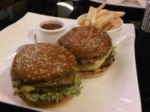 le-petit-burger (1)