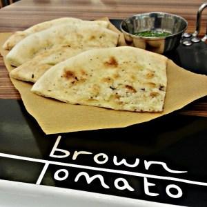 مطعم براون توماتو