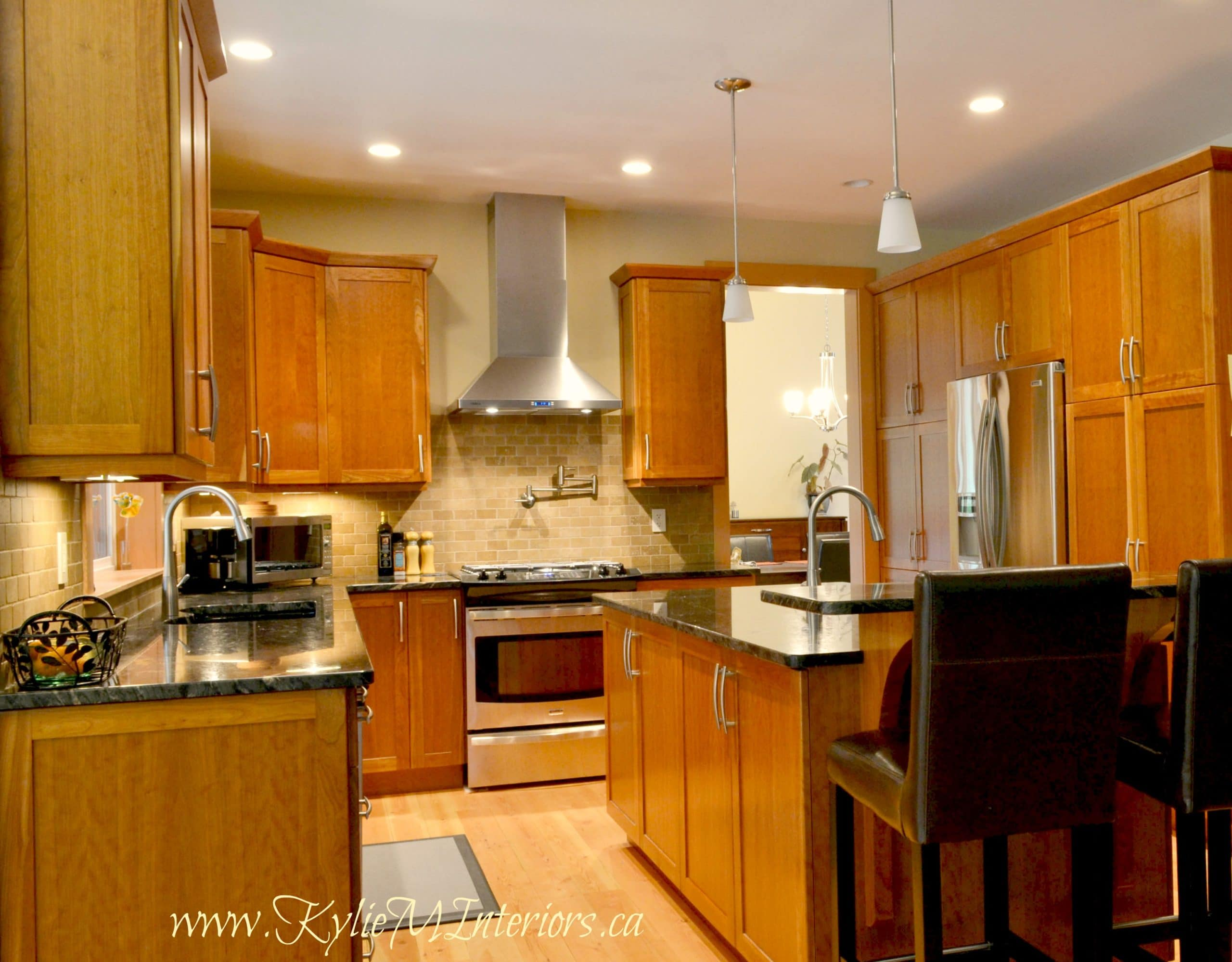 Kitchen Natural Fire Cabinets Natural Fir Wood Floors Black And Gold