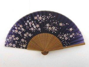 Japanese_Silk_Handheld_Fan