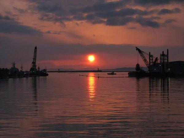 sunset_view_nusamai_bridge_kushiro