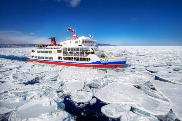 aurora_sightseeing_boat_drift_ice_abashiri