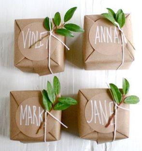 idees paquets cadeaux noel emballages rubans kraft personnalises