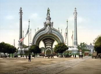 grand_entrance_exposition_universal_1900_paris_france