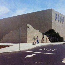 James Wines s'est amusé avec l'architecture des supermarchés