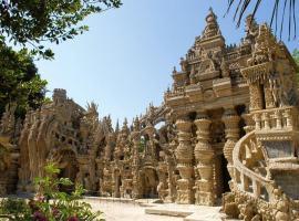 Palais Cheval, el fantástico palacio que construyó un cartero
