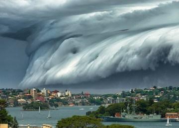 Espectaculares nubes sobre Australia