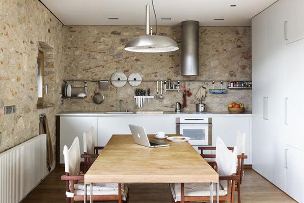 9-il-restauro-di-un-abitazione-medievale-a-girona-by-anna-noguera