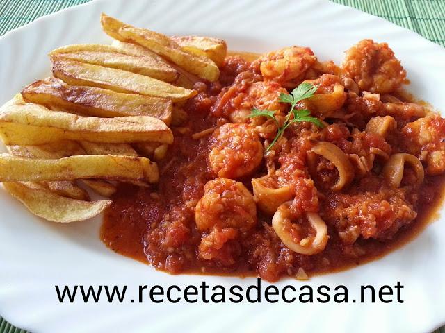 Calamares en salsa tomate
