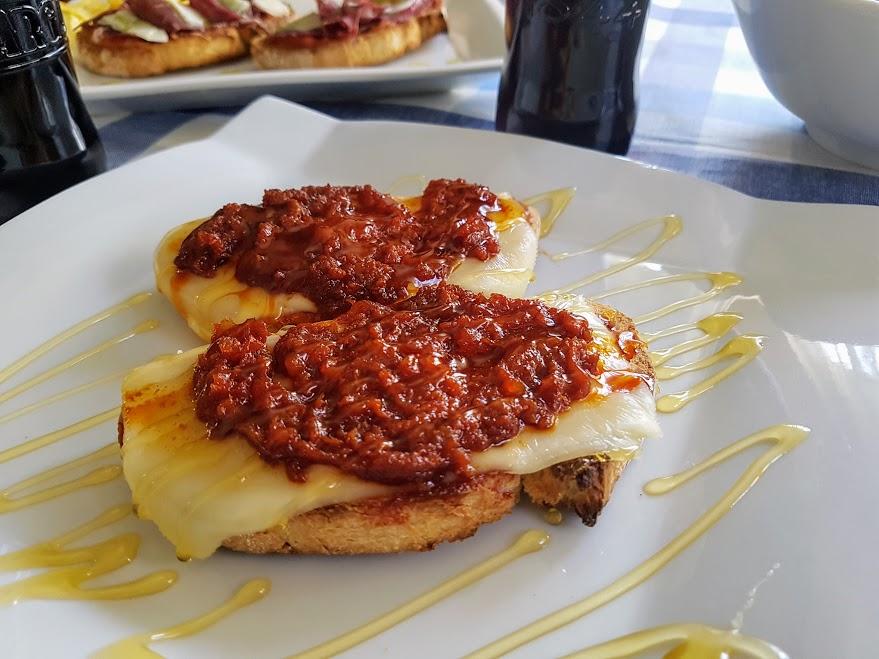 Tosta mallorquina de sobrasada la cocina de pedro y yolanda for Cocina de pedro y yolanda