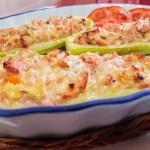 Calabacines rellenos de pollo y queso