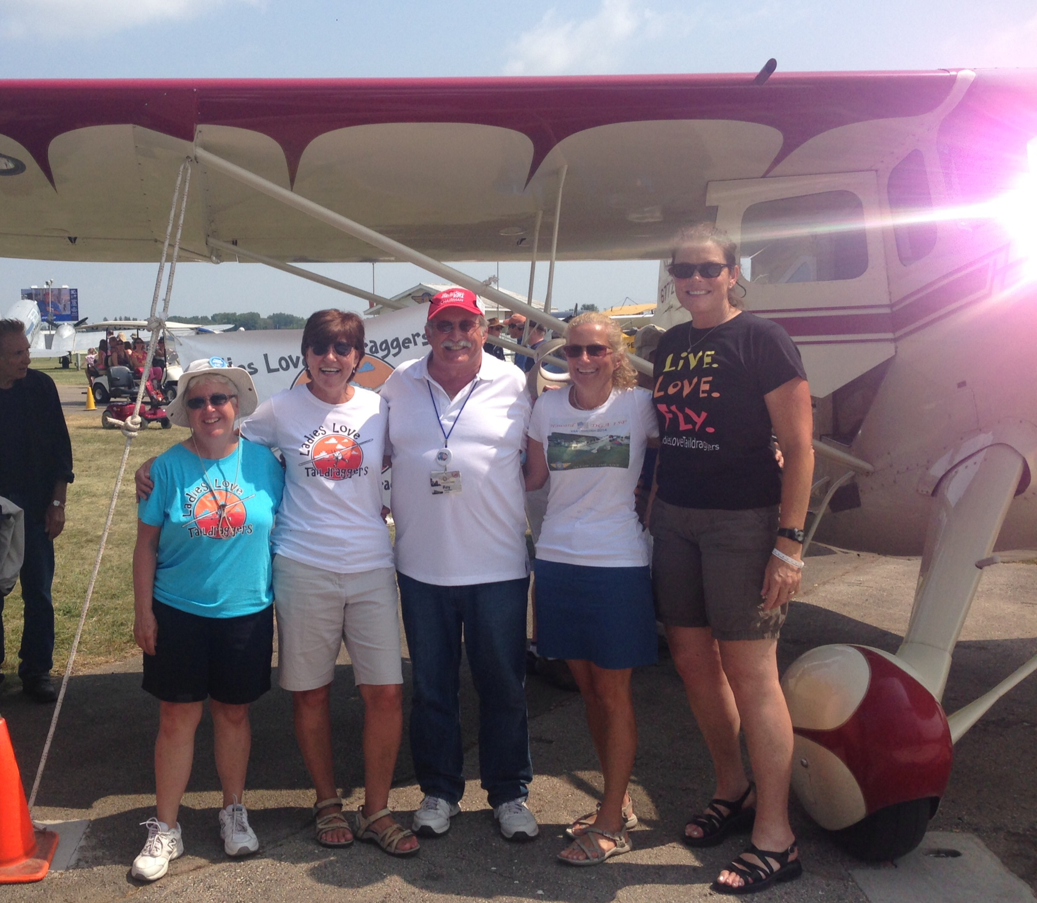 LadiesLoveTaildraggers at AirVenture 2015!