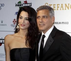"Amal Alamuddin Clooney incinta di due gemelli? ""Mamma a marzo"""