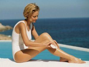 Abbronzatura invecchia: come proteggersi da macchie e rughe