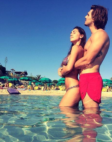 Cecilia Rodriguez e Francesco Monte: mare, selfie e tanto amore FOTO