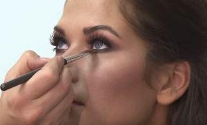 20 anni più giovane grazie al trucco: miracoli del make up FOTO