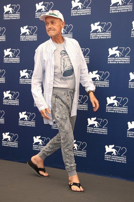 Jonathan Demme a Venezia in infradito e calzoni tipo pigiama