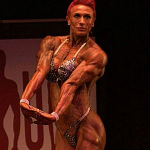 Lorna Biggam mamma bodybuilder: a 9 mesi sollevava ancora pesi