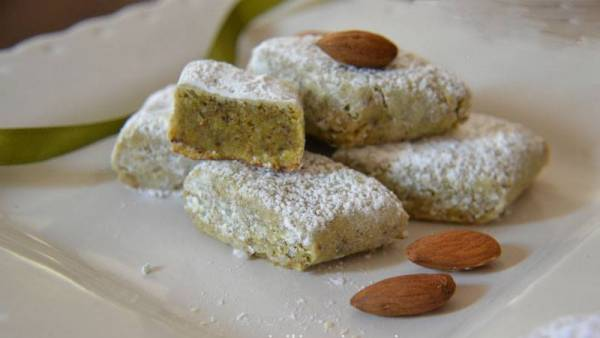Biscotti Mandorle e Pistacchio