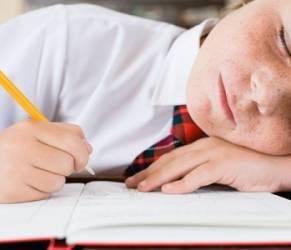 Bambini stressati, genitori li portano dall'ipnotizzatore