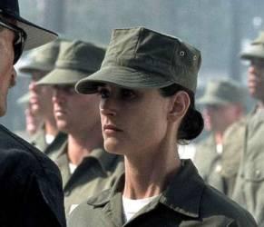 """""""Donne Rambo"""", esercito Usa dà ok a soldatesse in prima linea"""