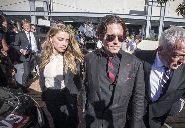 Johnny Depp, Amber Heard: cani in Australia2
