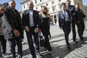 Maria Elena Boschi, look da urlo: pantaloni neri e tacchi FOTO