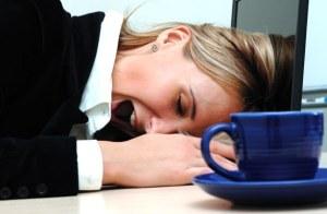 Dormire poco è come essere ubriachi: il cervello va in tilt