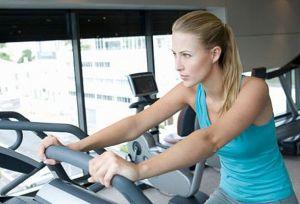 Tumori, fare sport abbassa il rischio. Non solo per i magri