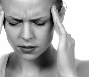 Emicrania, poco sole (e vitamina D) fa venire mal di testa