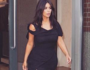Kim Kardashian, body selfie: prova costume superata? FOTO