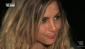 "Temptation Island, Valeria dopo addio a Roberto: ""Sto bene"""