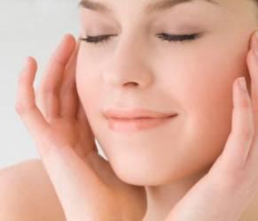 Dieta per la pelle: 5 consigli per mantenerla tonica e giovane