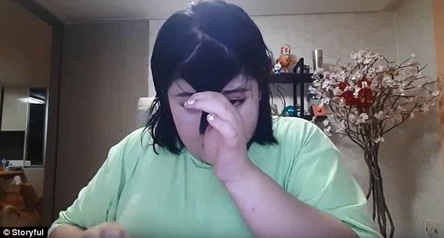 Kim kardashian, l'imitazione della sua frangia è un disastro FOTO-VIDEO2