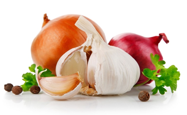 how to add garlic to food
