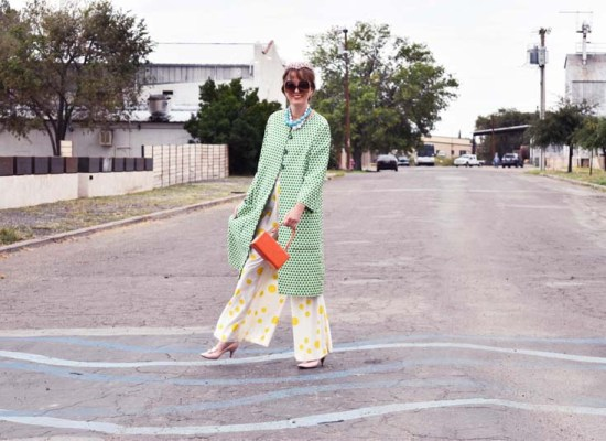Marfa, TX, vintage clothing, print mixing, travel, wanderlust, journey, photo shoot, fashion blogger