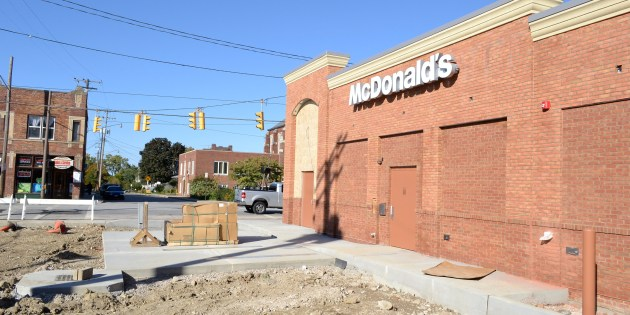 Golden Arches Go Up, But McDonald's Opening Delayed – Lakewood, OH Patch