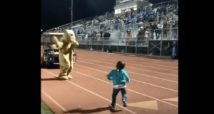 Video: El divertido baile de esta niña se viraliza en la red
